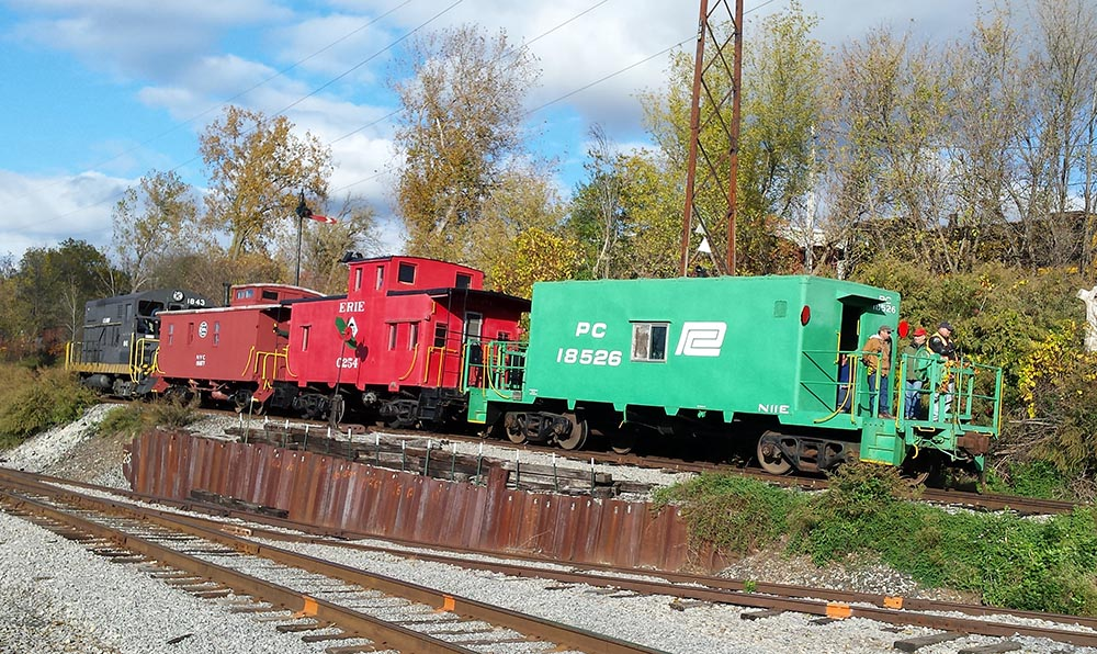 R&GV Caboose Train