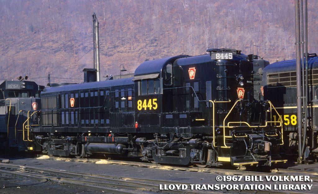 Pennsylvania Railroad Alco RS-3 8445